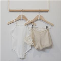 SET BODY-SHORT GOLD BABY GIRL TWO IN A CASTLE